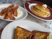 Desayuno más que completo