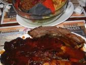 Nachos y costillacas en Dallas BBQ